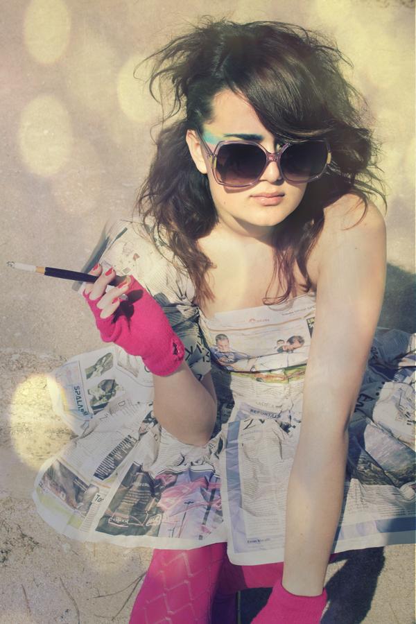 http://fc08.deviantart.net/fs44/f/2009/073/8/9/Candy_Perfume_Girl_by_Aurelie91.jpg