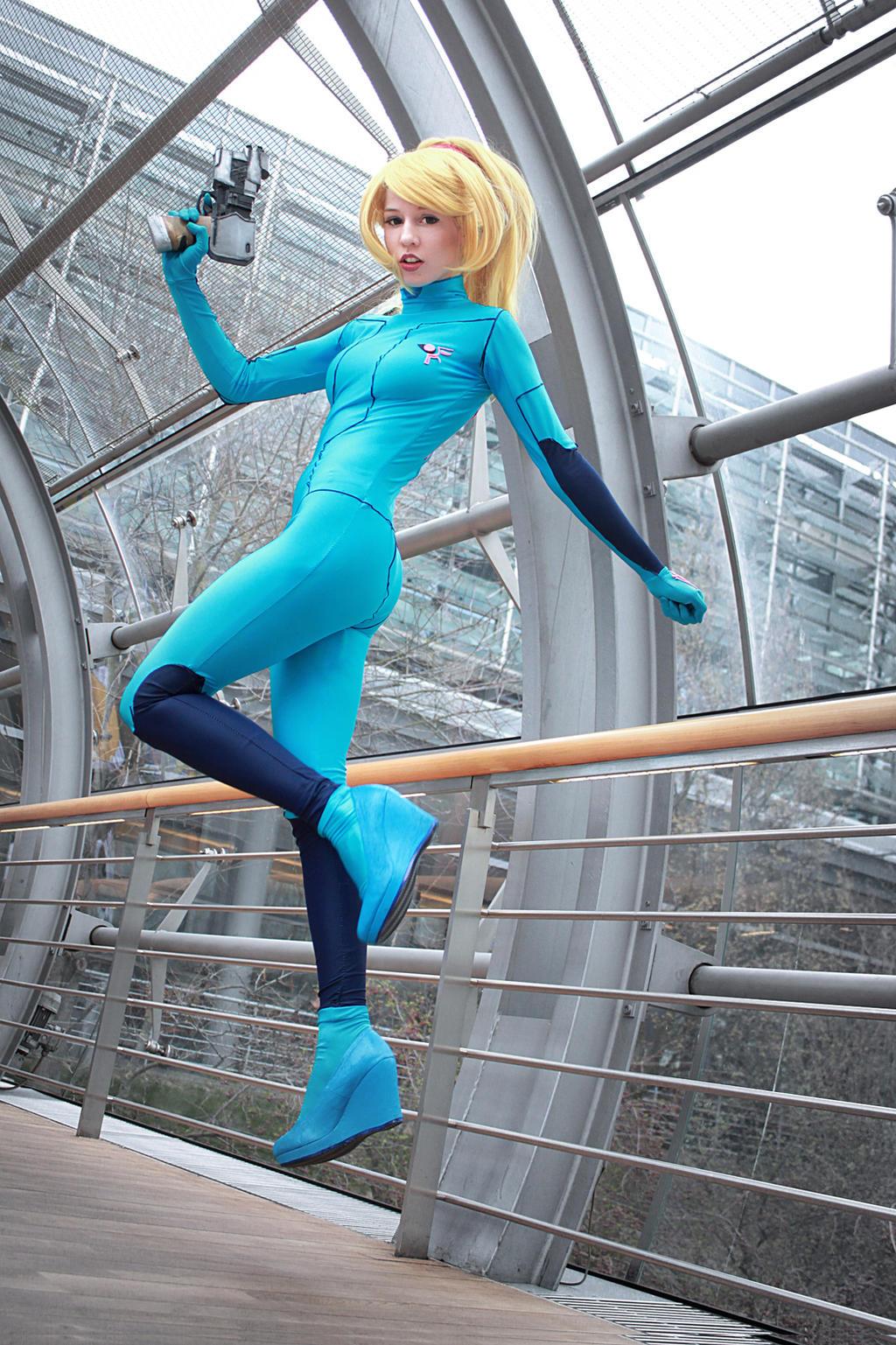 Zero suit Samus cosplay by StormtrooperNikki on DeviantArt