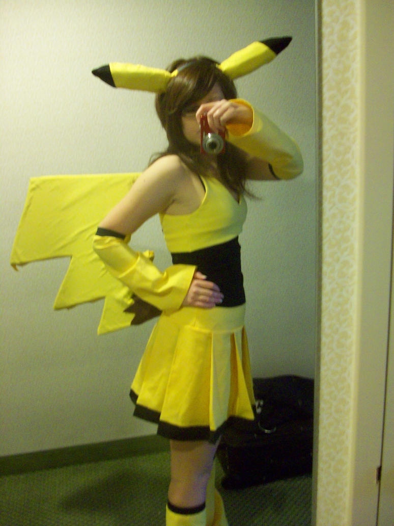 Halloween Outfits That Wont Mar Your Facebook Image Her Campus