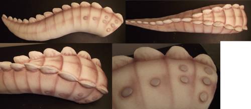 Albino Alligator Tail by Toriroz