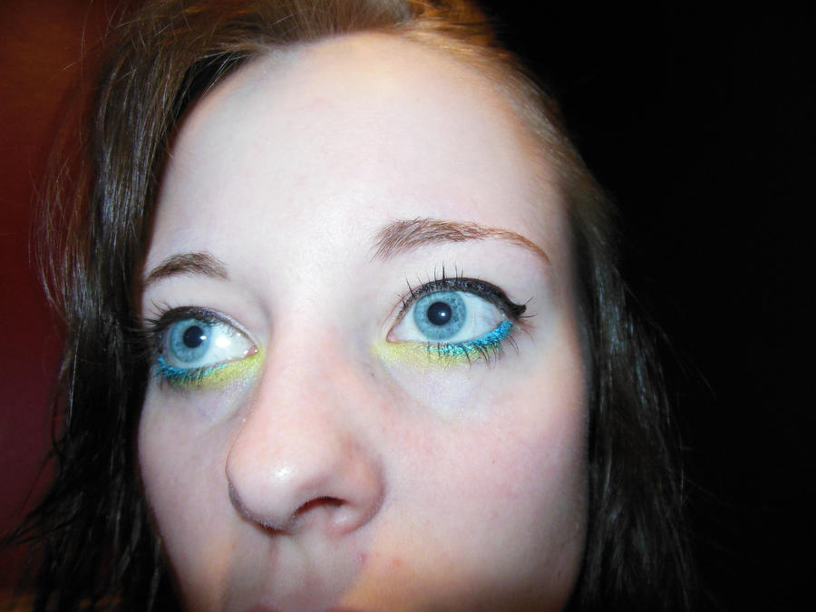 Neon Blue Lime Green Eyeliner by allikayyyy