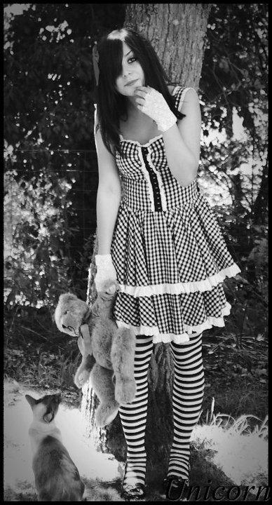 Alice. by x-xUnicornx-x