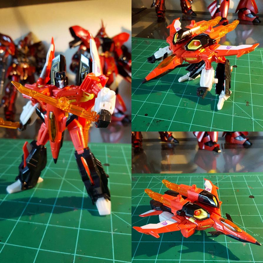 Transformers Generations Deluxe Starscream by yukikaze07