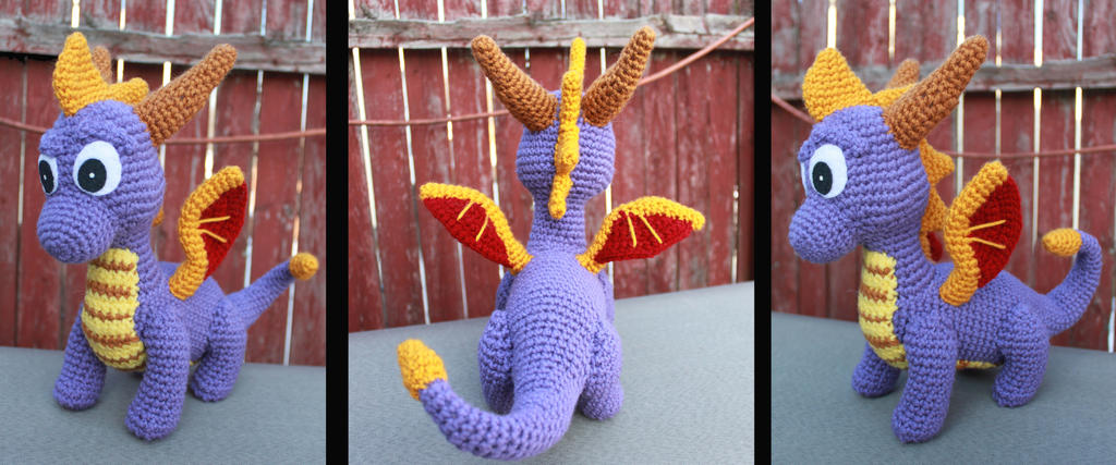 Spyro the Dragon Amigurumi by MilesofCrochet