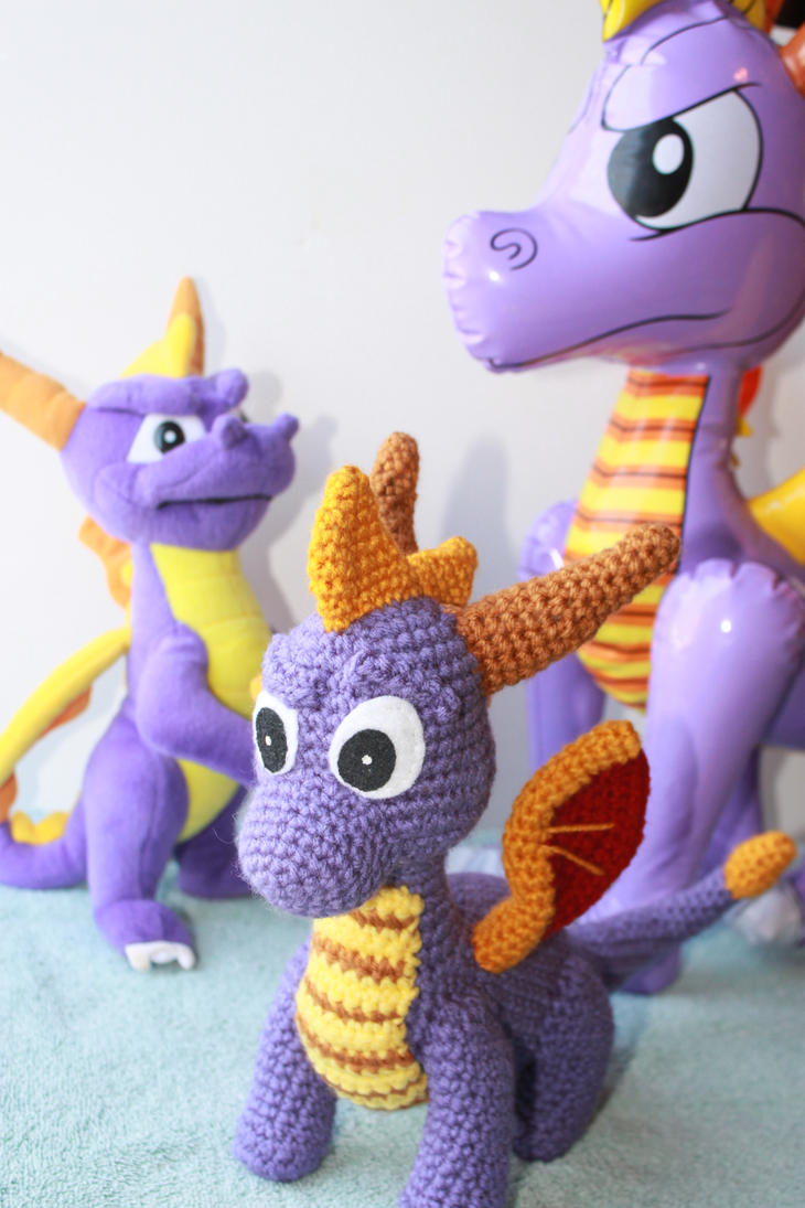 The Spyro Family by bandotaku