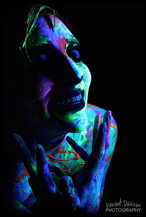 Glowing Insanity by DeviantDesires