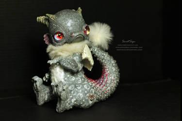 Gray Bubble Dragon by SweetSign