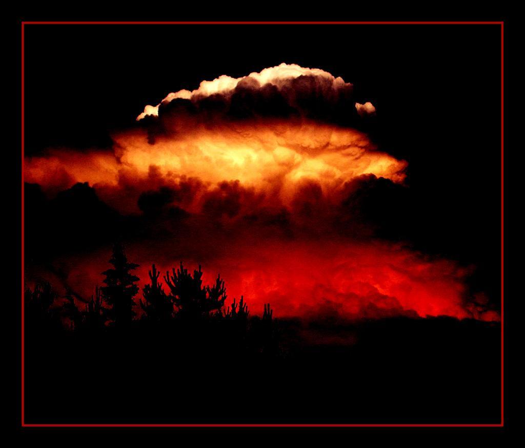 Mushroom Cloud by morpheusredux