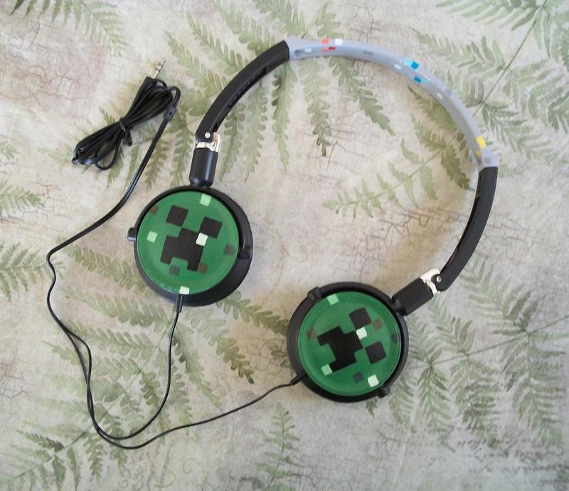 Minecraft Painted Headphones