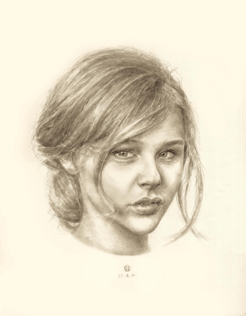 Chloe Grace Moretz by weishern