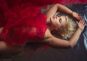 red by darkelfphoto