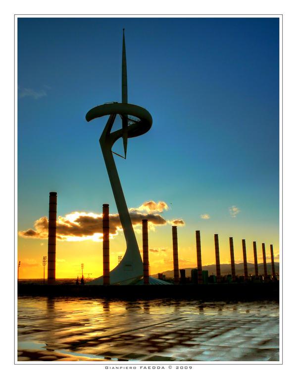 Torre  de Montjuic by gianf