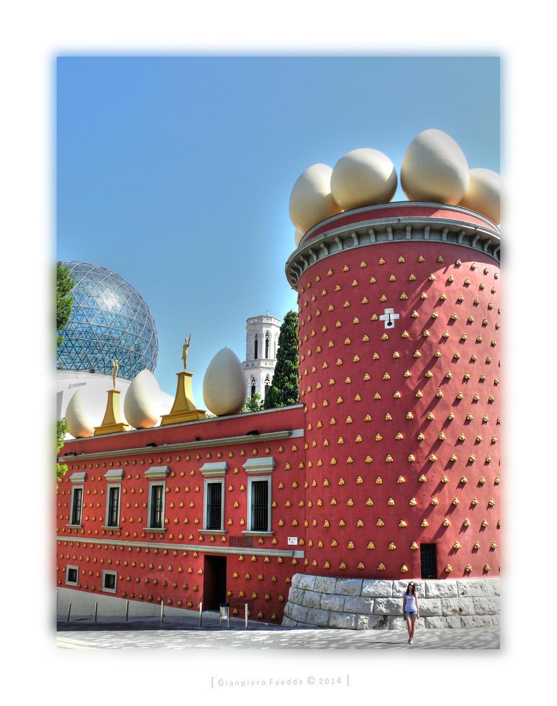 Teatre Museu Salvador Dali by gianf
