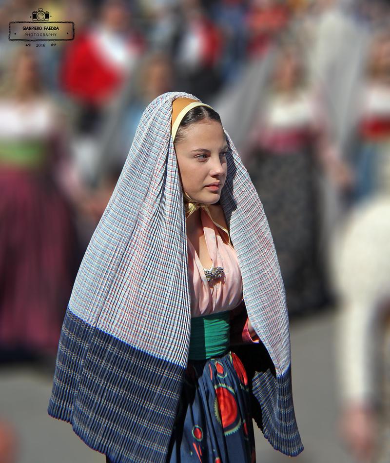 Sardinian Girl by gianf