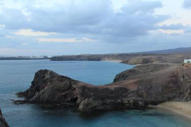 Rock formation at Playa de Papagayo by The-Bardess