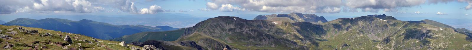 Panoramic view from Malyovitsa by verulka