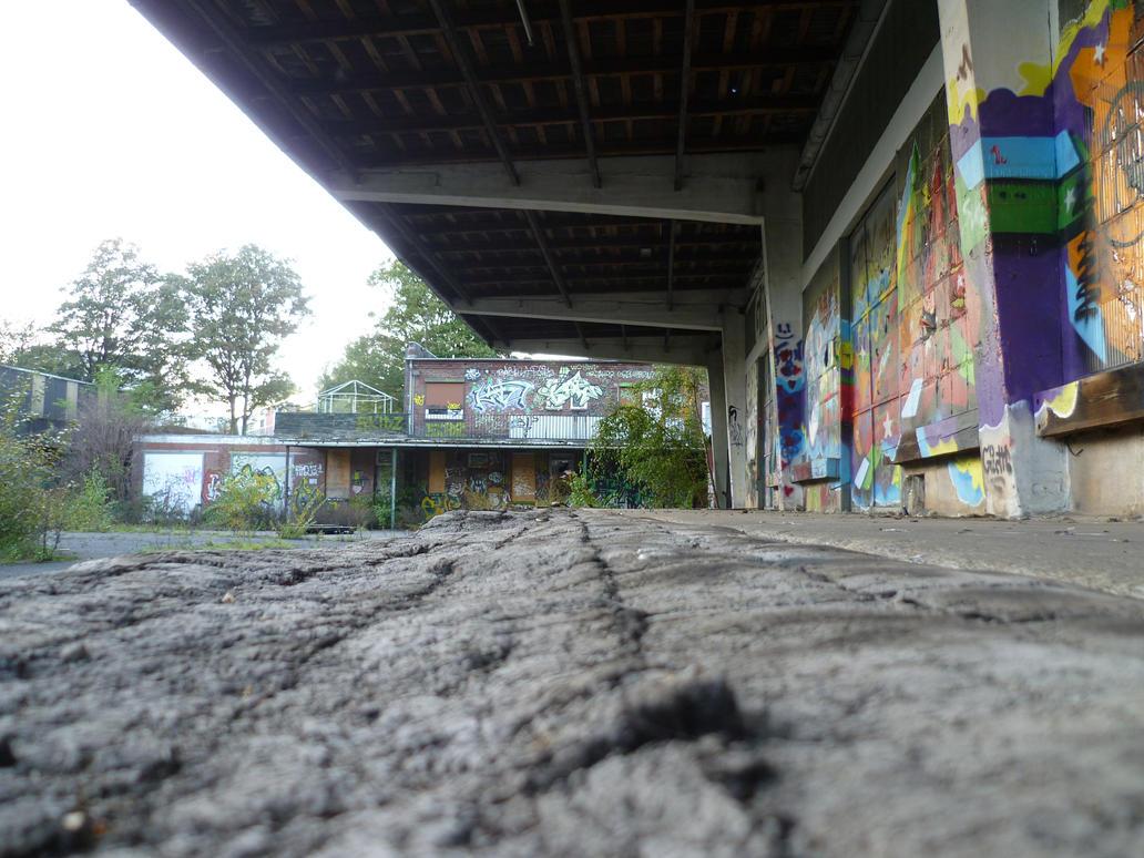 Hamburg abandoned depot p 1 by someoneabletofindana on for Depot hamburg