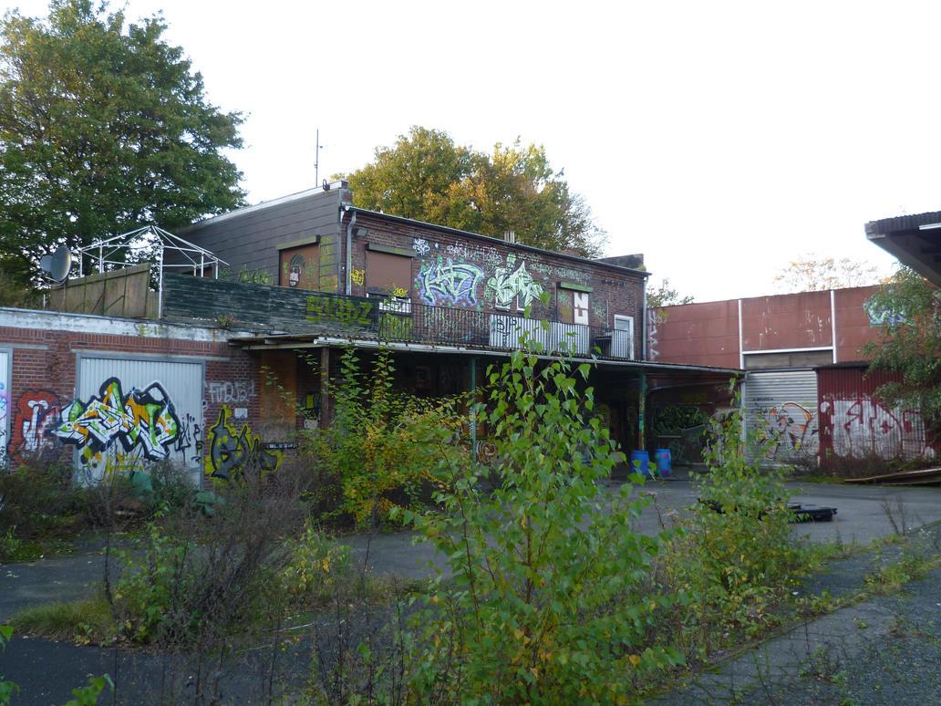 Hamburg abandoned depot p 5 by someoneabletofindana on for Depot hamburg