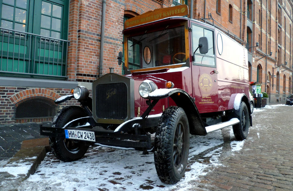 Ford Model T by someoneabletofindana