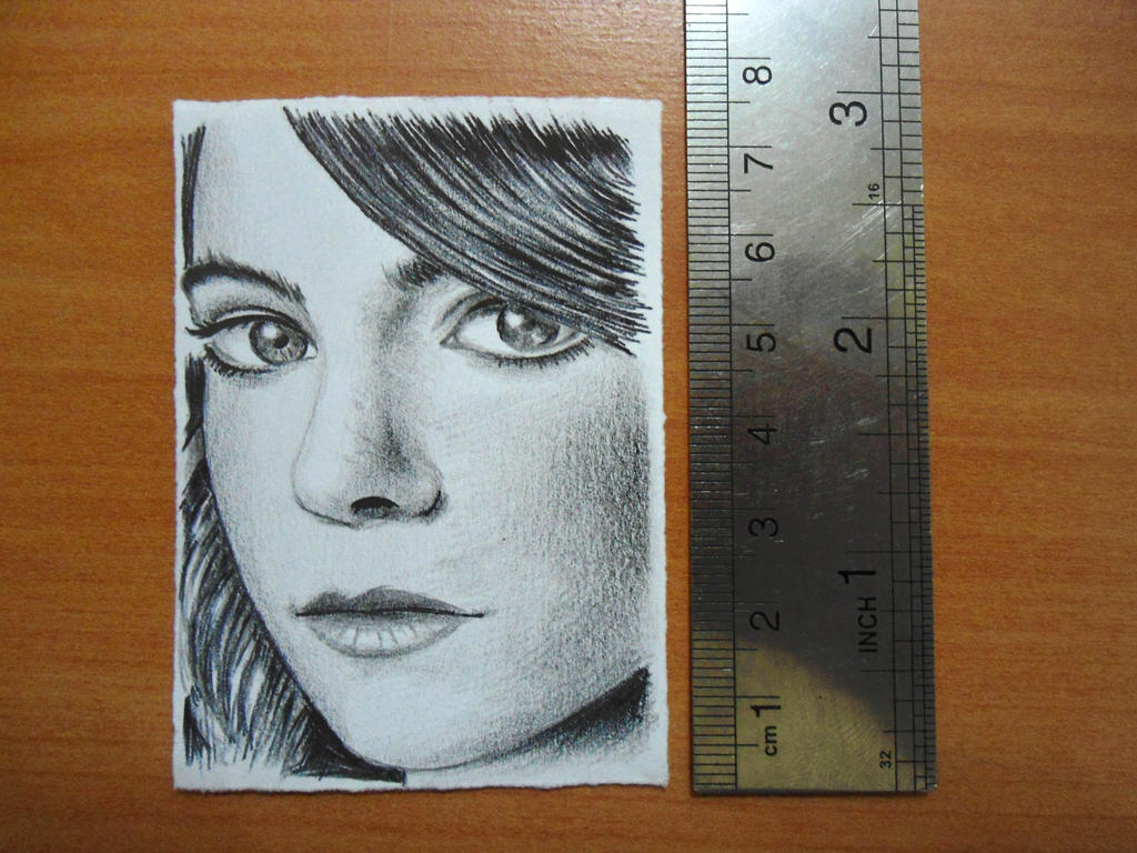 emma stone drawing on 7.5cm paper by fouadzahiri