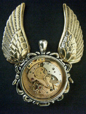 Steampunk pendant by lilvoodoo