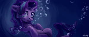 Under water by Amy-Gamy