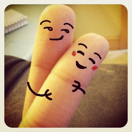 Finger Love by MissVio on DeviantArt - 57.8KB