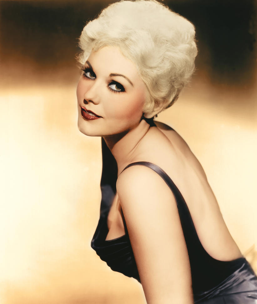 Index as well Kim Novak Colorize 319217462 furthermore Oscar 2012 Jennifer Lopez in addition 1013 likewise Posters De Peliculas Ganadoras Del Oscar. on images of oscar night 1958