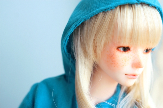 blue hoody by da-bu-di-bu-da