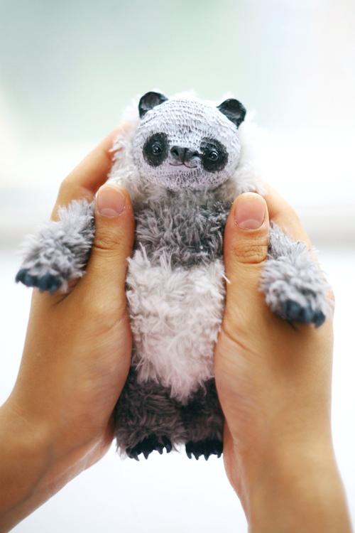 panda by da-bu-di-bu-da
