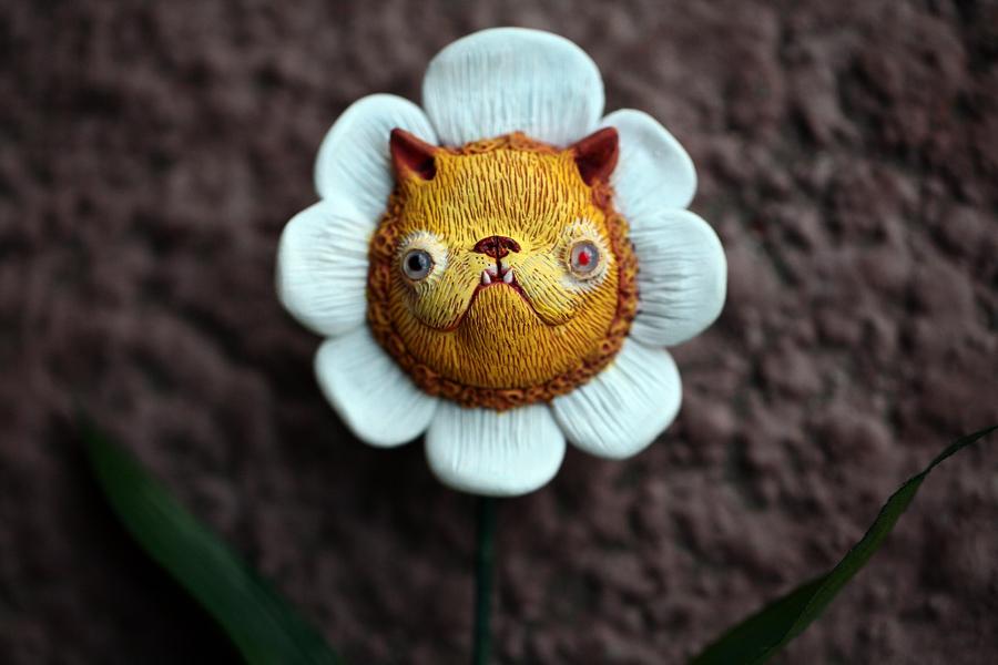 kitty flower by da-bu-di-bu-da
