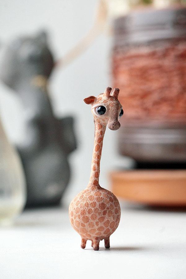 giraffe by da-bu-di-bu-da