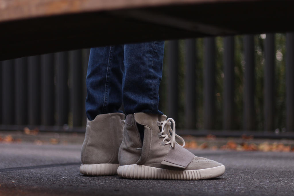 Yeezy Boost 750 Grey HIGH-Top replica by yeezyreplica