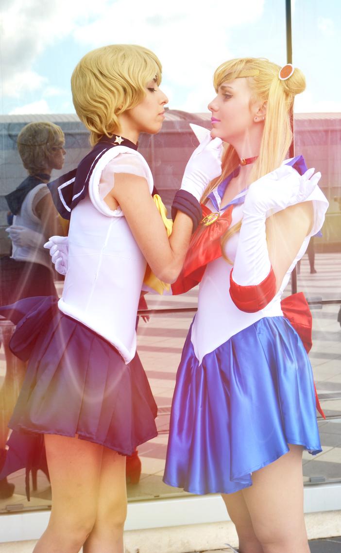 Sailor Moon x Sailor Uranus (Cosplay) by GlowingSnow