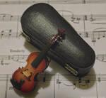Mini Violin by SerenissimaLuna