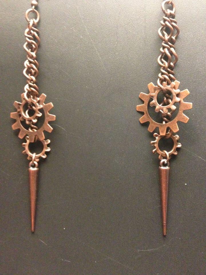 Gear Earrings by SilverEmeralds