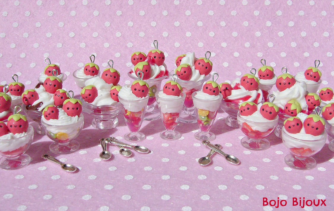 strawberries+whipped cream = a spoon of happiness by Bojo-Bijoux