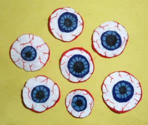 Felt Eyeball Barrettes by GiannaPergamo