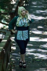 Tsunade (Naruto) by Nullien