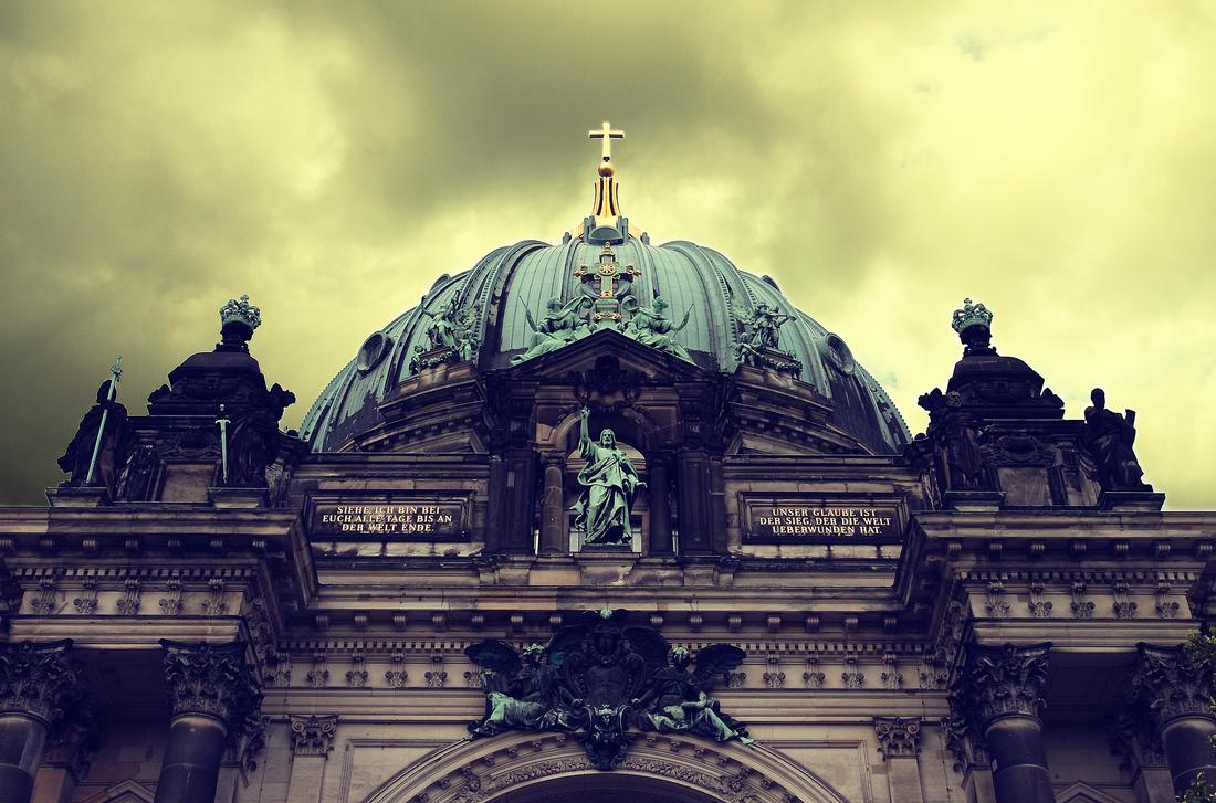 Berliner Dom by CartonBlinder
