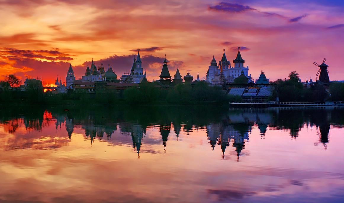 Izmailovo Kremlin by VitalySemenov