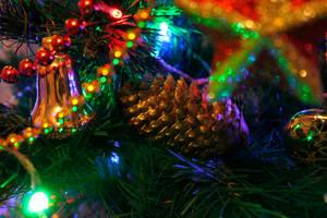 Christmas Tree 6 by Enolla