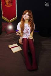 Hogwarts Girl 2 by Enolla