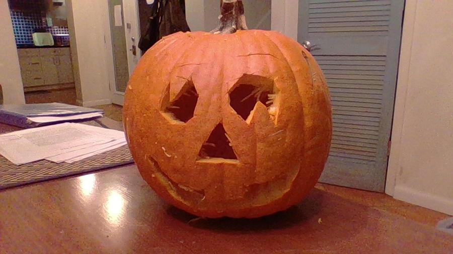 My Halloween pumpkin! by Dracorider19