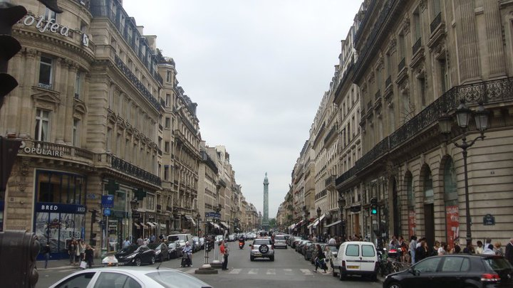 Paris one point perspective by mlpfimluvr on deviantart for Exterior 1 point perspective
