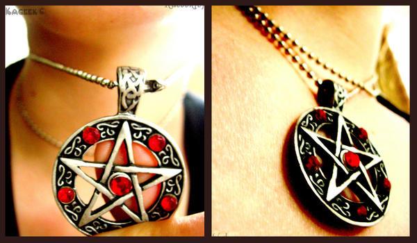 Pentagram by Kaceek