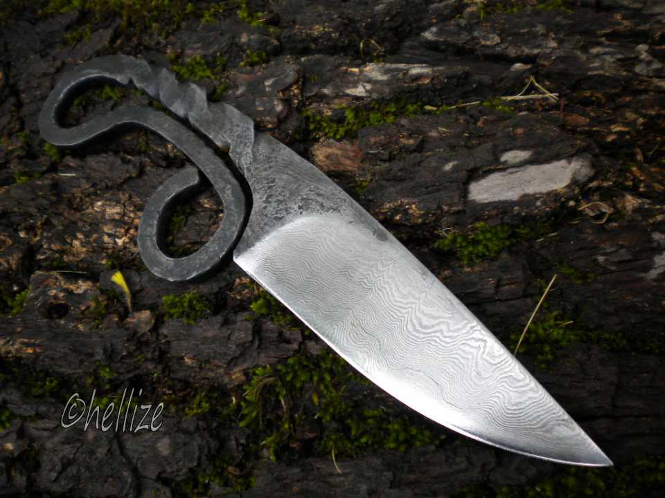 blacksmith's knife by hellize