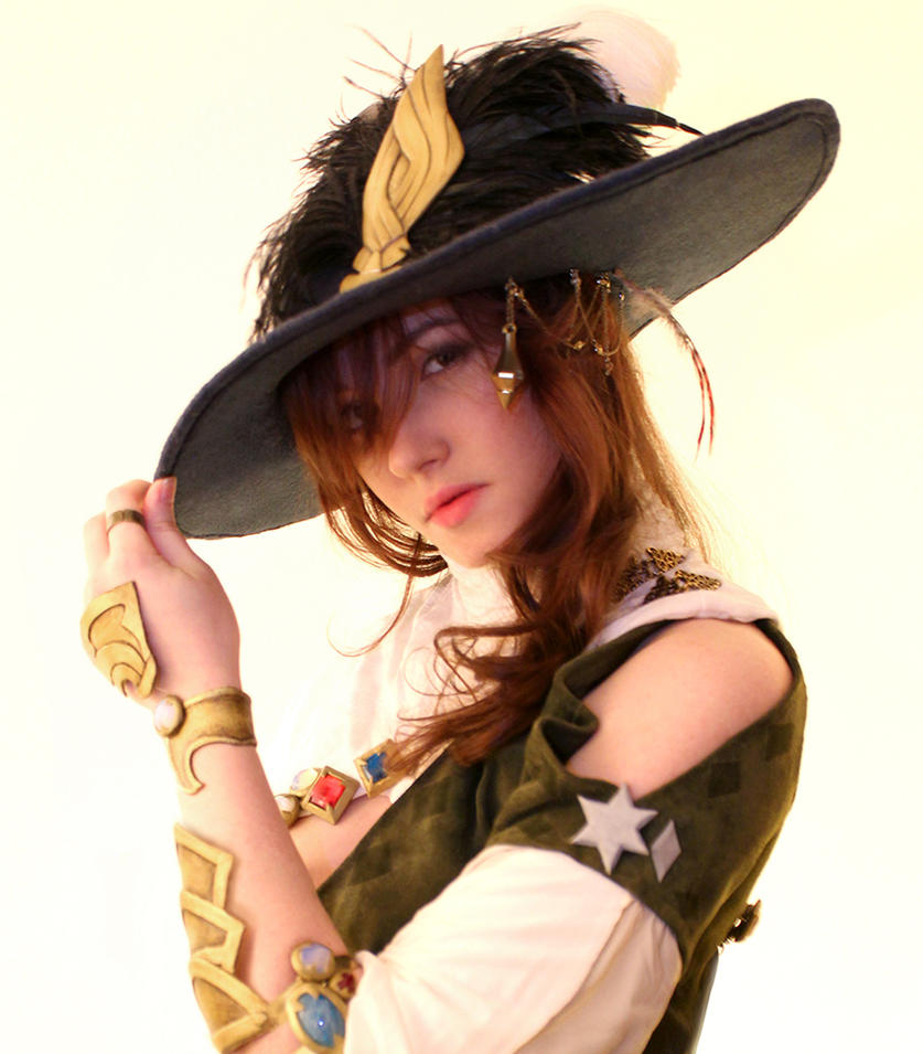 FFXIV A Realm Reborn Bard Cosplay by AtalantaDreamweaver