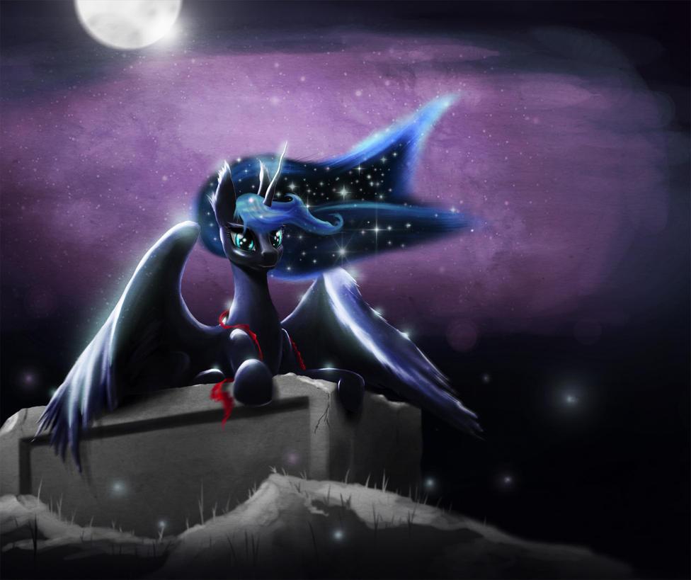 Luna at night by akurion