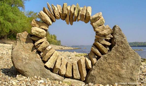 Stone art-heart by tamas kanya